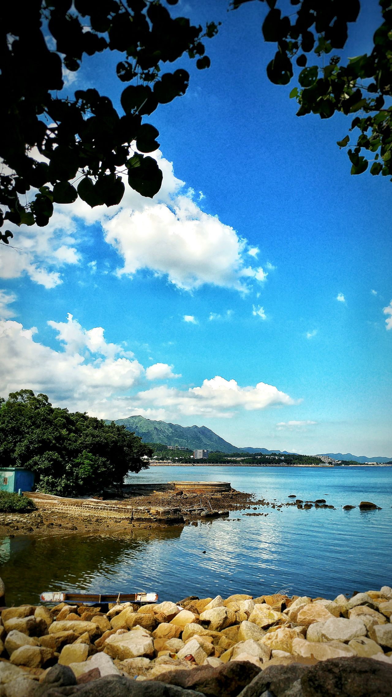 Blue blue blue. 2016 Daily Hangout Taking Photos Photography Relax Enjoying Life Enjoy The Sky View Life Lifestyles Sky Blue Blue Sky Hot Summer Summer Peaceful Silence Take By Lg G5 HongKong TaiPo Tolo Harbour 大埔 吐露港
