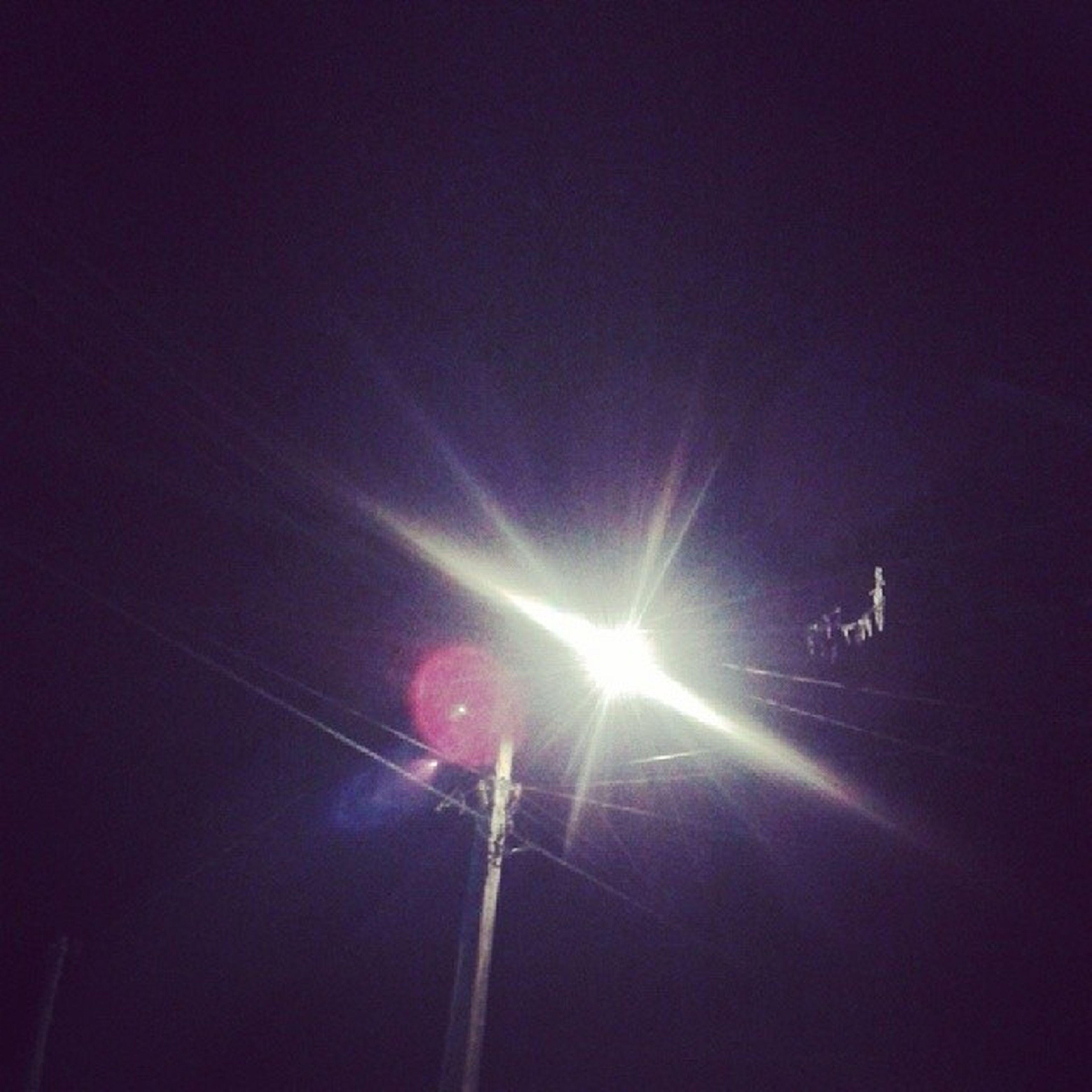 o poste tava com inveja ,nao quiz deixar eu tirar foto dela !?☀kk Moon Beautifulday Eclipse Marugs happy liiiinda 