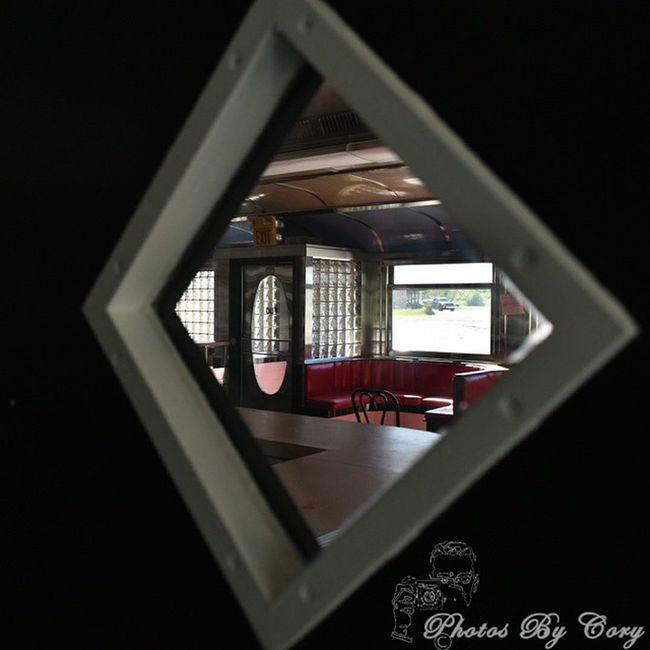 No customers today..... Exploring Abandoned Greasyspoon Diner