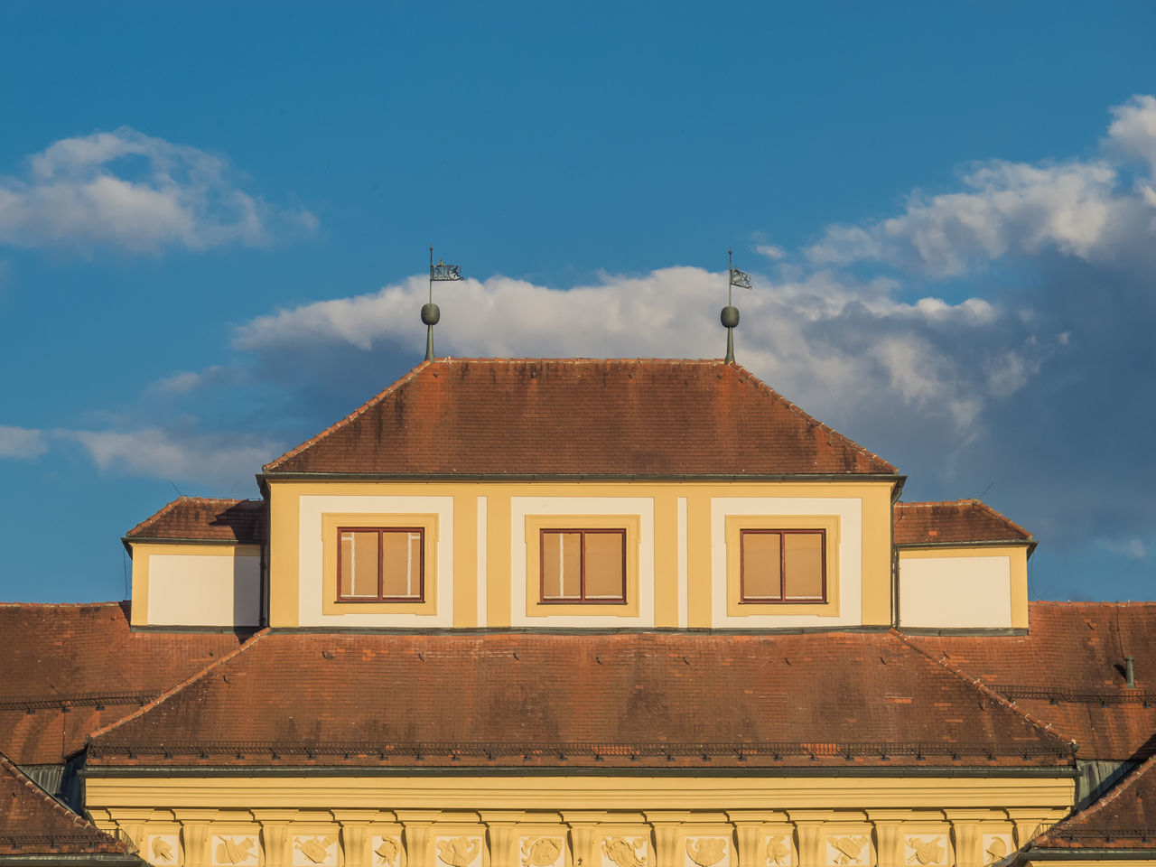 architecture, built structure, building exterior, cloud - sky, sky, outdoors, day, no people, history, low angle view, place of worship, roof, nature