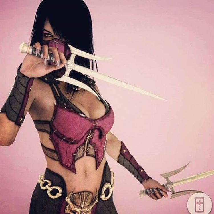 WCW Mileena 💋 🎮 Mileena Mileenawins Mortalkombat Mkx Kitana . I'm mad tho they gave kitana the sexier costumes ! Since when does kitana dress sexier❔ we need new dlc