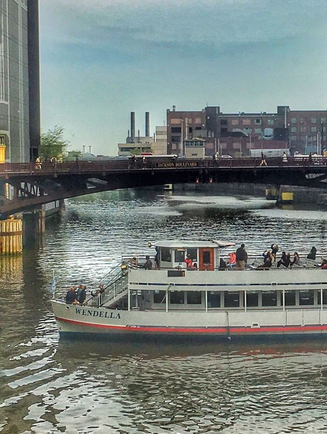 Tourists on the Chicago River Taking Photos of the Buildings Chicago Architecture Boat Boatrides River Tour 2016 IPhone Amateurphotography EyeEm Best Shots EyeEm Gallery Eyeemurban Eyeemurbanshot Pictureoftheday