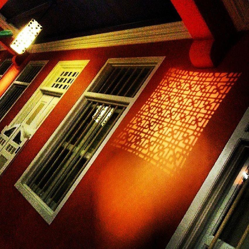 """Please choose which do u prefer....(⊙o⊙)"" Architecture Allshots_ Allsnapz_ Symmetry Window Gf_singapore Gf_daily Global_hotshotz Gang_family Ig_singapore Igcreative Igkreatif Icatching Ic_windows Ig_fotogramers Sgig Singapore Webstagram Webstapick Walkwaywhy Instasg Instamood Instagood Insta_crew"