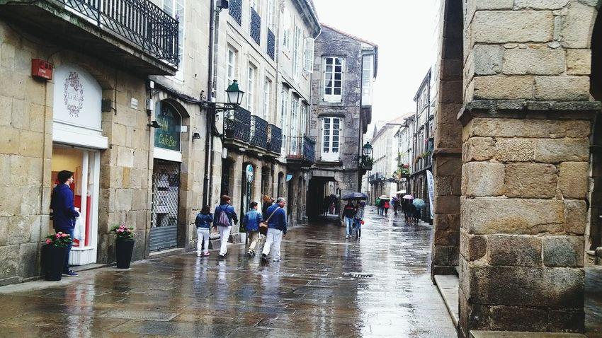 Urban Lifestyle Rainy Day Streetphotography Street Life Santiago De Compostela Lluvia Dias De Lluvia Paraguas
