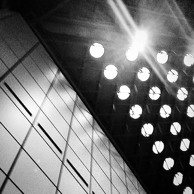 Round Lights Ceiling Convention Centre Architecture Bnw Bnw_photo Bnw_worldwide Bnw_society Bnw_globe Eyeemcollection EyeEm Bnw EyeEm Gallery