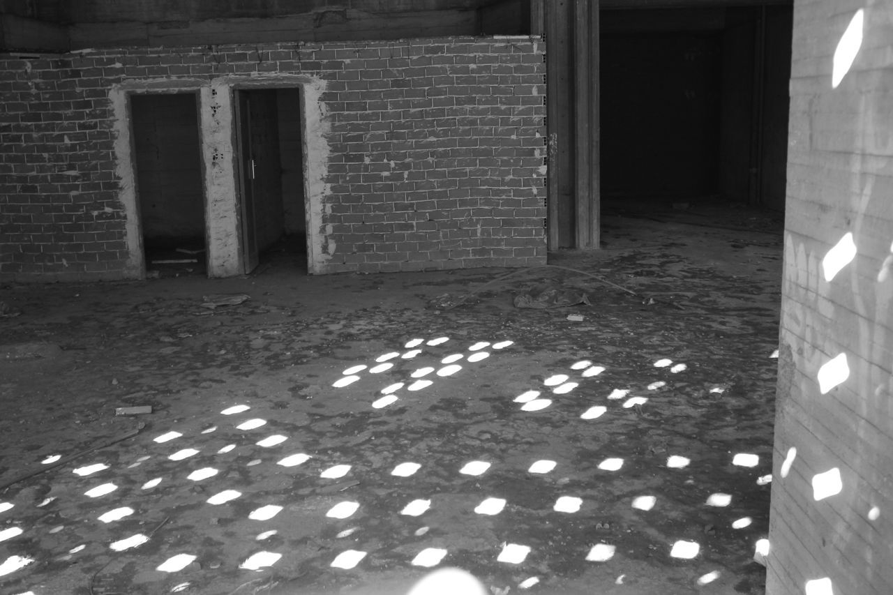 The City Light Built Structure Architecture No People Day Outdoors Light And Shadow Shadows & Lights Blackandwhite Photography Black & White Black And White Blackandwhite Street Photography Streetphotography Hanging Out Check This Out Taking Photos Enjoying Life Brick Brick Wall Bricks Abandoned Abandoned Places