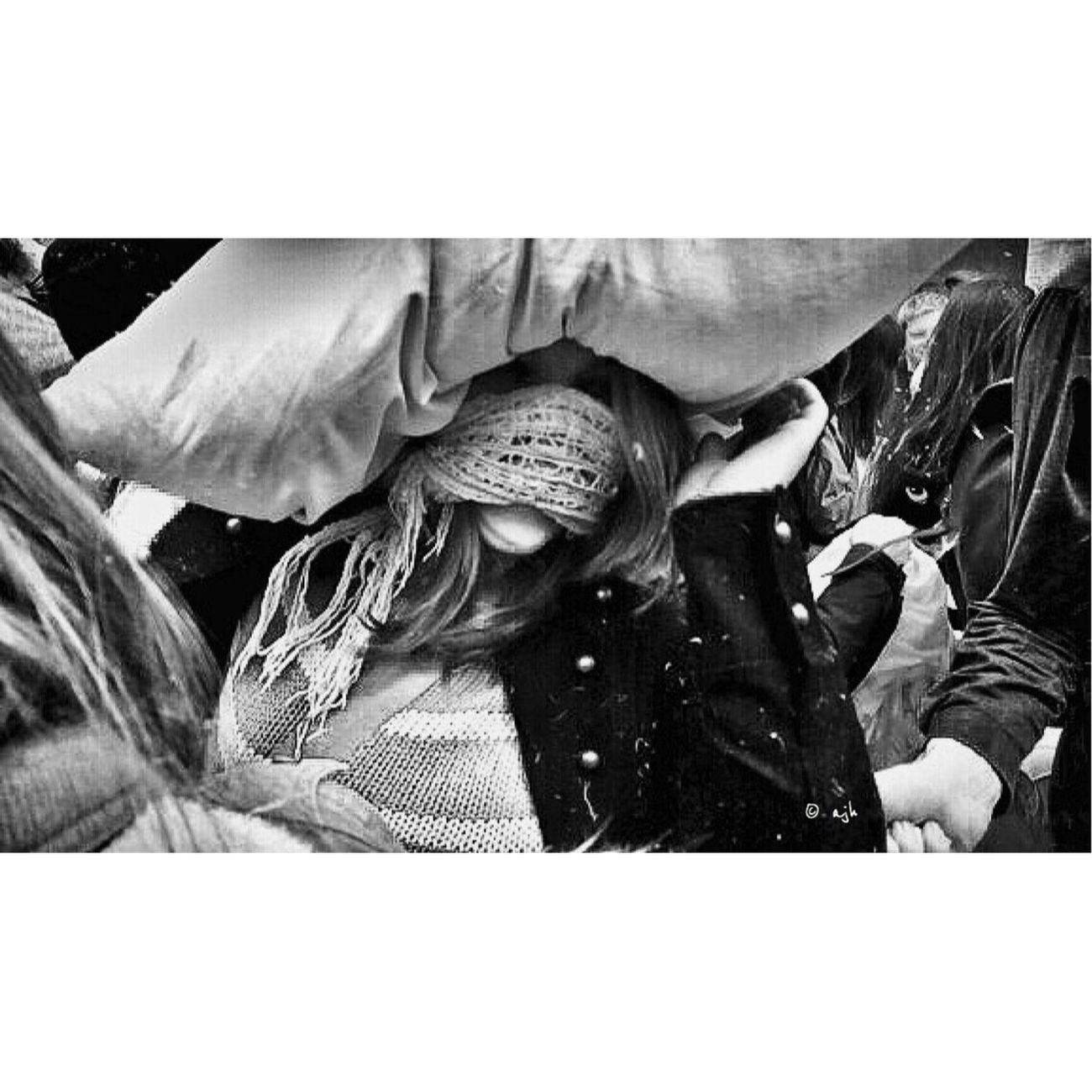 Pillowfightday EyeEm Best Shots Street Portrait The Human Condition AMPt - Street NEM Black&white Streetphotography_bw EyeEm Best Shots - Black + White NEM Street Black & White