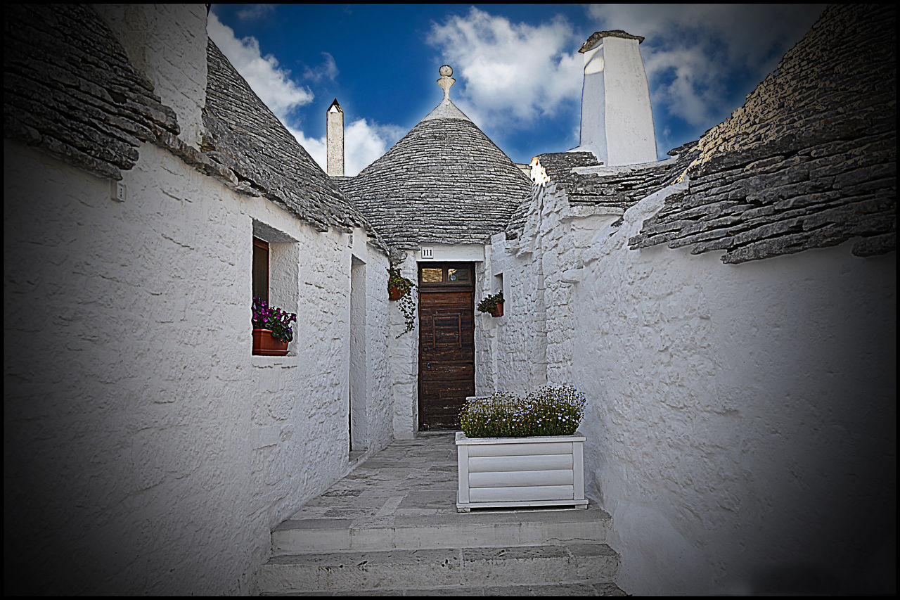 Alberobello - Puglia Architecture B&w Street Photography Blue Sky Puglia South Italy Sky Streetphotography Trulli Houses Trullo Di Albero Bello
