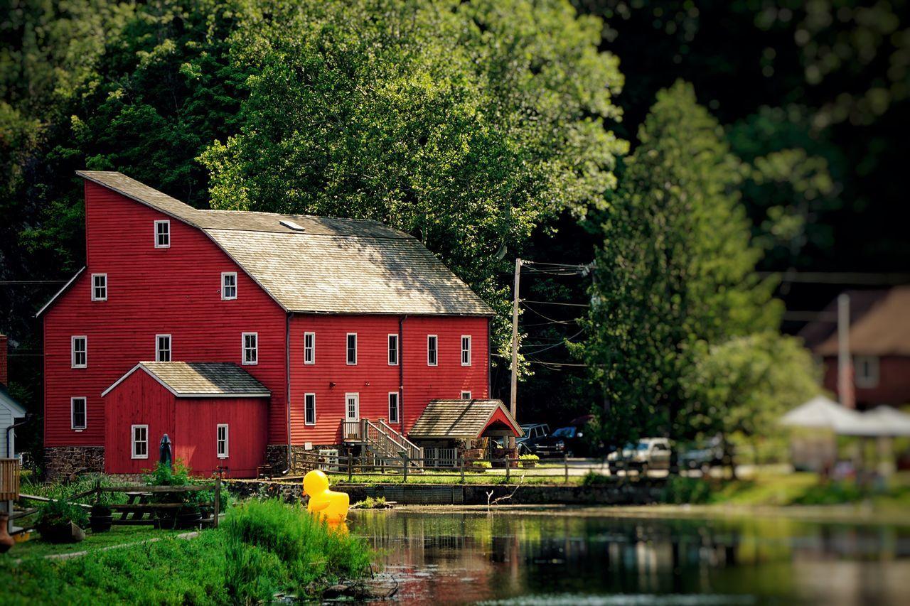 Barn Red River Riverside