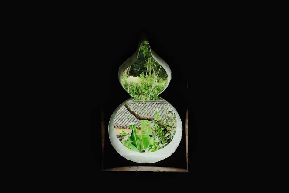 China Photos Window View Window Green Green Color Black Background Illuminated Technology No People Darkroom Close-up Day Light And Shadow Urban Geometry Urban Village Plant Travel Nature Architecture Built Structure Taking Photos Urban Architecture Streamzoofamily Streamzoofamily Friends