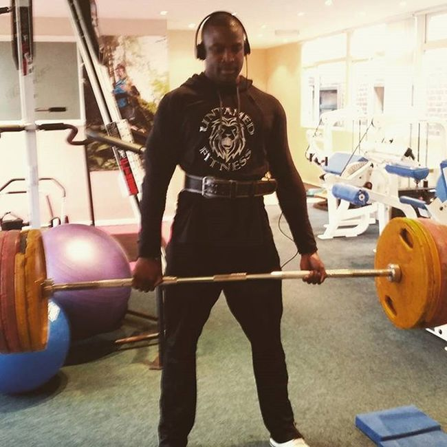 Repping Untamed Fitness Apparel to the fullest......nice Deadlift followed by friday circuit. Bythehorns GymRat GymLife Fitfam fitness deadlift gainz shredded shredlife igfitness instafit instafitness gohard grow boutthatlife aestheticbeast gymflow pump gymfreak naturalbeast aesthetics untamedfitness howdoyoubeast fitnessfreaks fitnessaddict physique