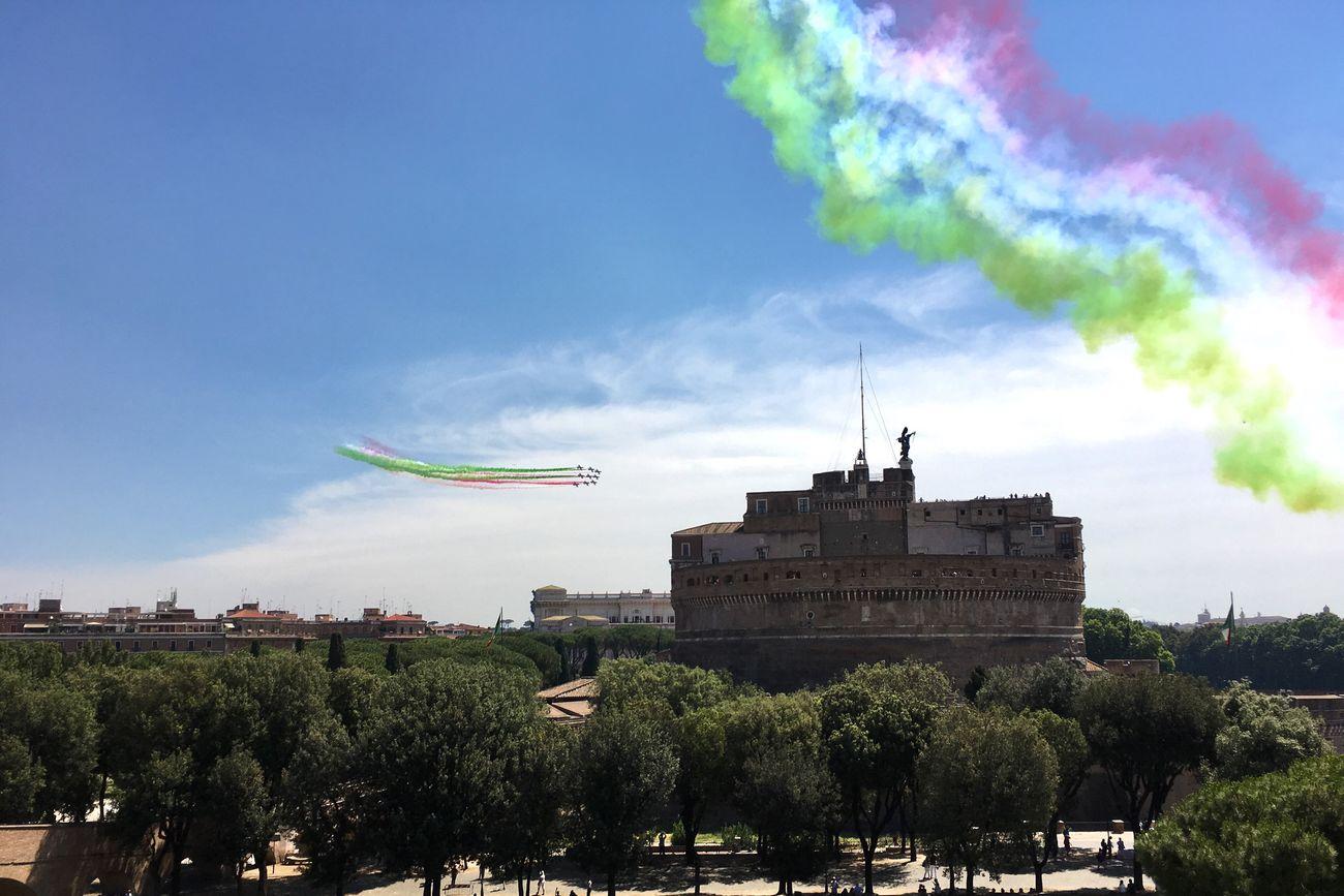 #2giugno, #freccetricolori, #festadellarepubblica2017, #Italia, #Roma 2giugno Frecce Tricolori Freccetricolore Festadellarepubblica Italia Roma