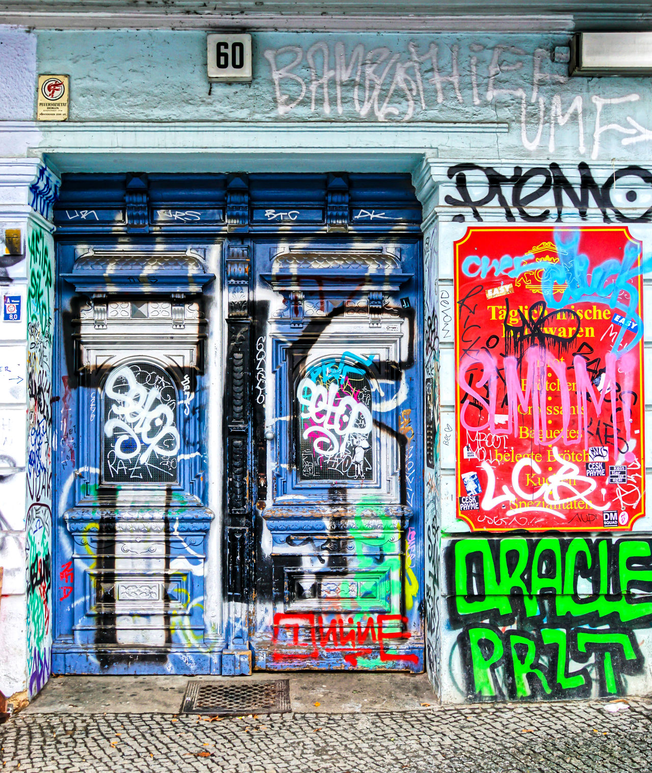 Art Art, Drawing, Creativity Berlin Mitte Berliner Ansichten Day Door Entrance Graffiti Graffiti Art Multi Colored No People Outdoors Tür Urban