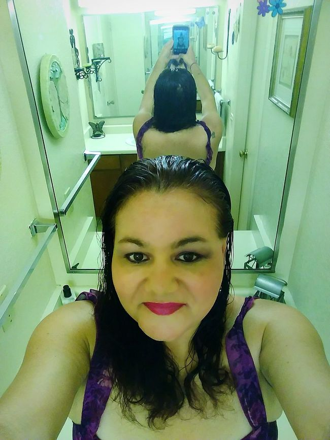 Reflection Perfection  Mirror Image Mirror Reflection Reflection Photography Mirror Selfie Mirror Picture Sexygirl Sexyselfie That's Me! Selfie ♥ Me Myself & I Self Portrait Taking Photos ❤ Photo Of The Day Colour Of Life