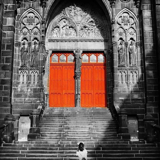 Cathedral Clemont-Ferrand (France) Cathedral Doors Church Photographer Bnw Bnwphotography