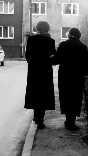 Things I Like Time Awesome 2016 2 Women So awesome then two old are walking in the street... holding each others hands and telling news, what happened per day.
