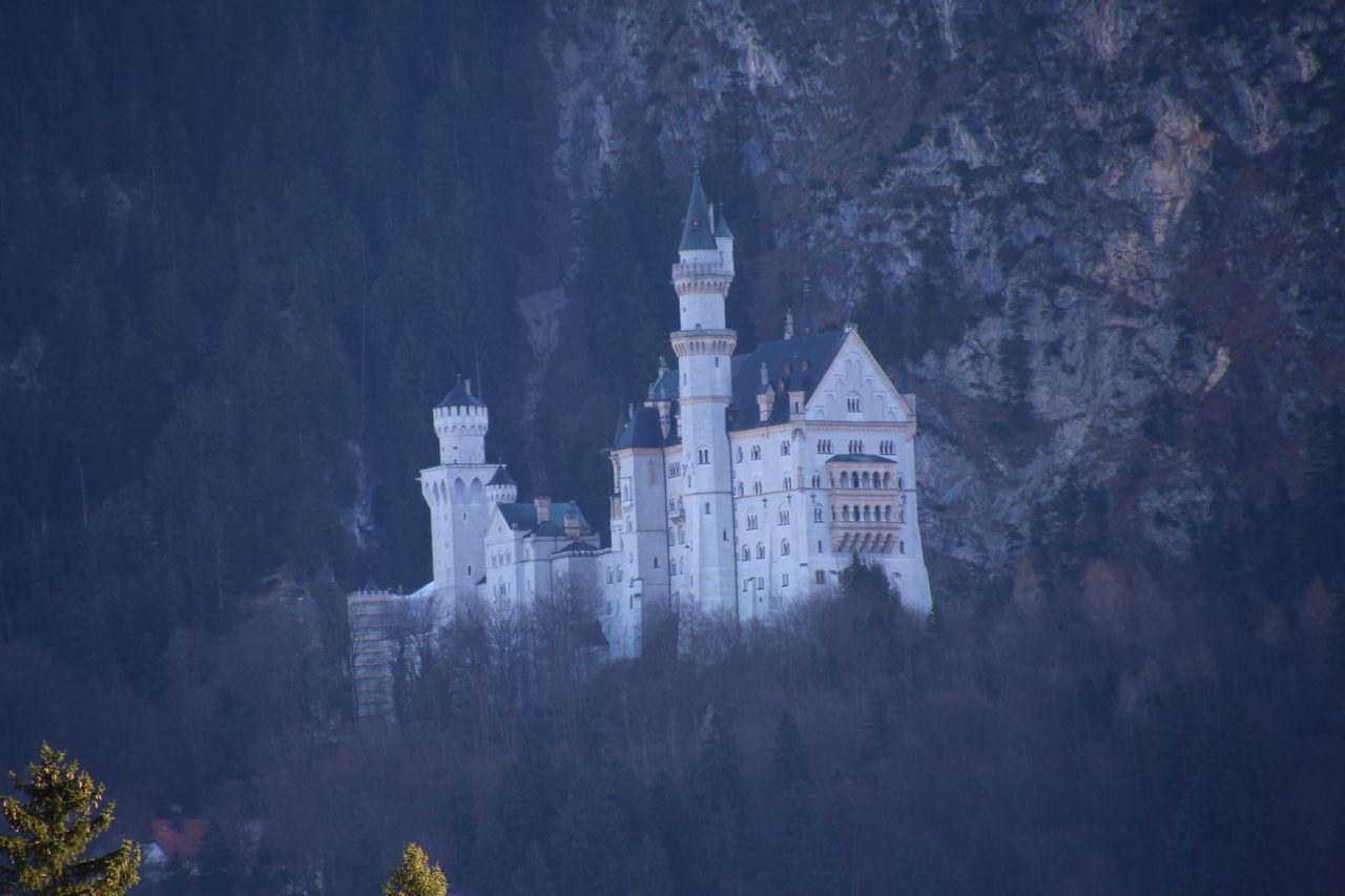 Everyone knows this castle 😉... Neuschwanstein Neuschwanstein Castle Building Exterior Architecture No People Night Outdoors Mountain Nature Füssen, Bayern, Deutschland King Ludwig