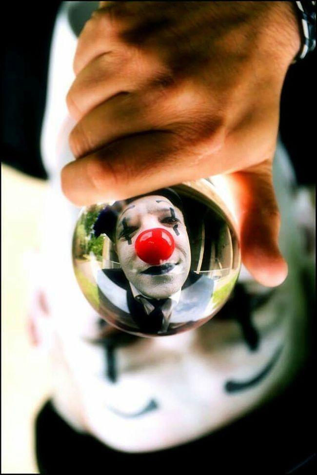 Clown Boule Christal Ball Red Nose Clownface Clown Face Clown Nose Cristalball Portrait Color Portrait