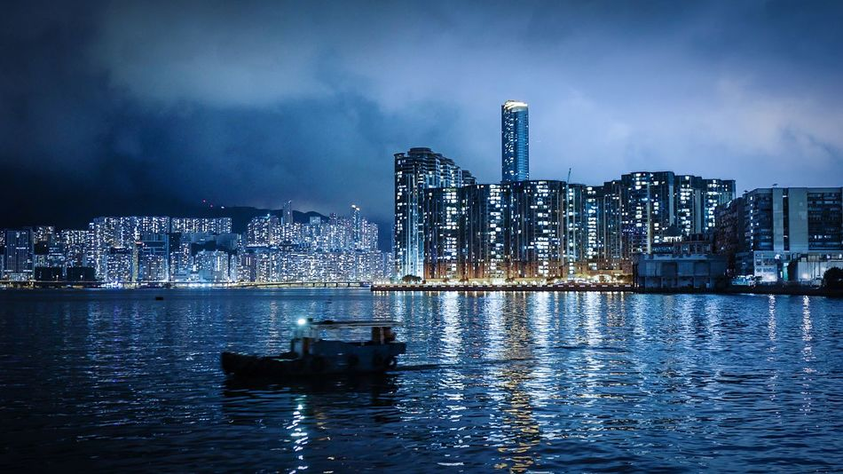 Night Harbour. HongKong Discoverhongkong Leica Leicaq Nightphotography Night Harbour View Walking Around Urban Lifestyle To Kwa Wan