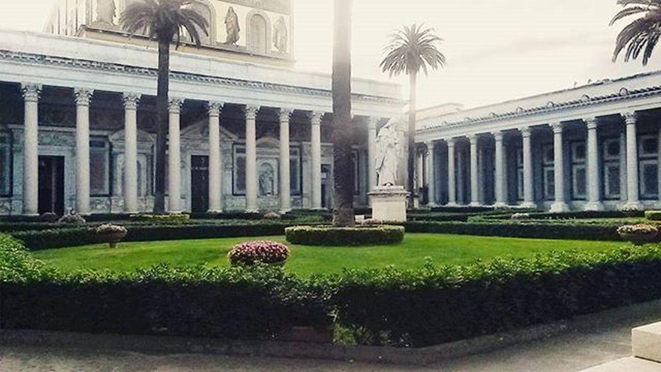 TakeMeToChurch Turistapercaso Basilicadisanpaolo Roma garden