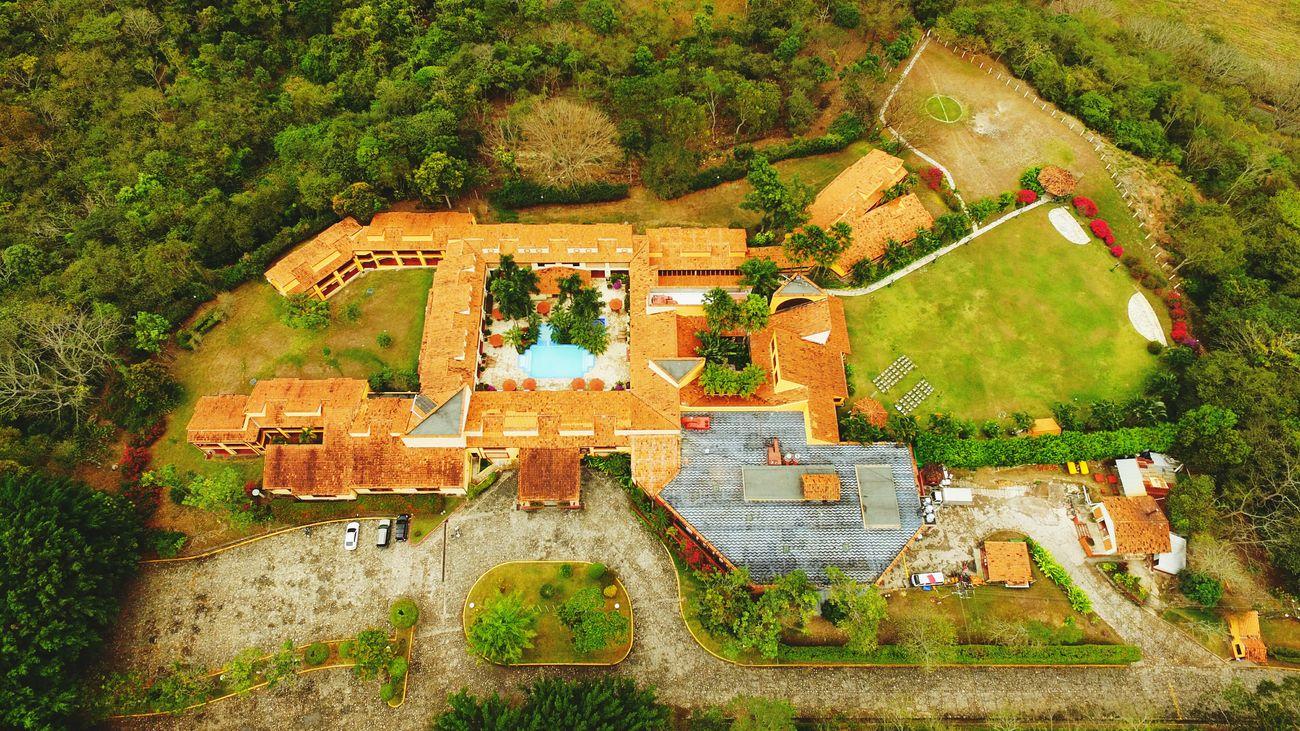 Beautiful Hotel, nice view from sky. Checking In DJI Phantom 3 Pro Hotel View Copan Ruinas