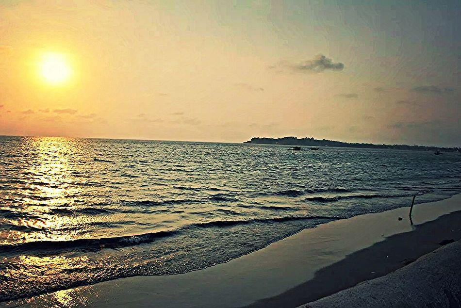 Beautiful Sunset Sunset_collection The Traveler - 2014 EyeEm Awards Belong Anywhere