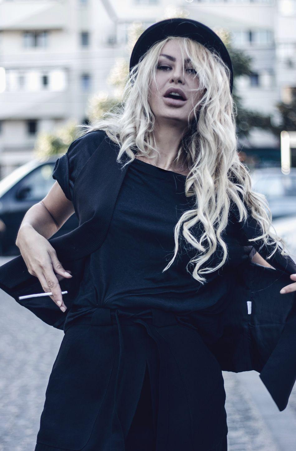 Fashion #style #stylish #love #TagsForLikes #me #cute #photooftheday #nails #hair #beauty #beautiful #instagood #instafashion # Vagabond Style Hat Fashion Photography Street Fashion Fine Art Photography Fashionstreetstyle Style Vagabond Streetphotography Street Style