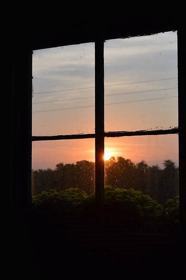 Silhouette Silhouette Photography Country Life Country Living Beauty In Nature Window Barn Sunset