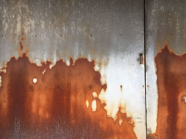Textured  Weathered Damaged Deterioration Worn Out Wall - Building Feature Peeling Off Bad Condition Old Rusty Oxidation
