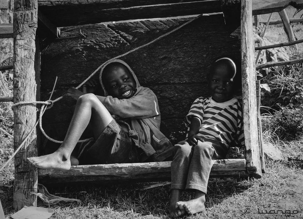 Child Two People Childhood People Smiling Friendship Outdoors Human Body Part Africa Photo Of The Day Streetphotography Uganda  Ugandan Photographer Travel Destinations Sipifalls Uganda  Portrait Photography Photography Photooftheday Reportage Pearlofafrica Smilecollection Blackandwhite The Week On EyeEm