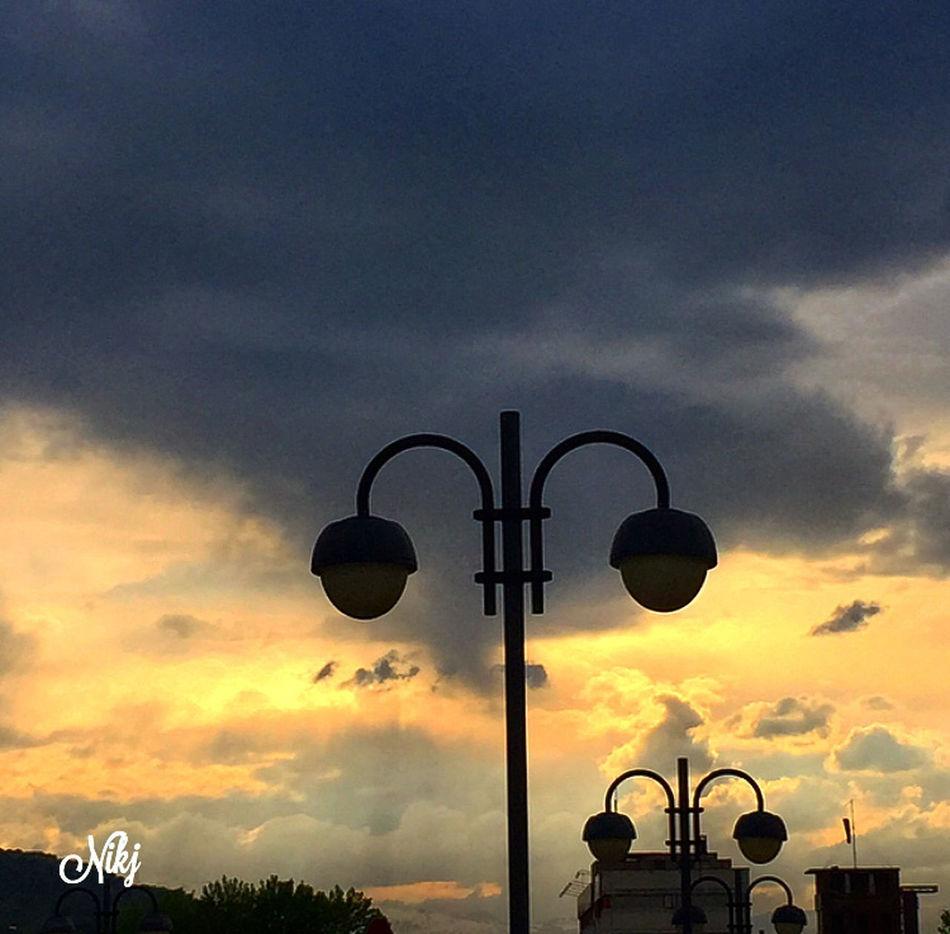 Quando ammiro la meraviglia di un tramonto o la bellezza della luna, la mia anima si espande in adorazione del Creatore. (Gandhi) Sunset #sun #clouds #skylovers #sky #nature #beautifulinnature #naturalbeauty #photography #landscape Sunset #sun #clouds #skylovers #sky #nature #beautifulinnature #naturalbeauty Photography Landscape ? Tramonti__italiani Sunset And Clouds
