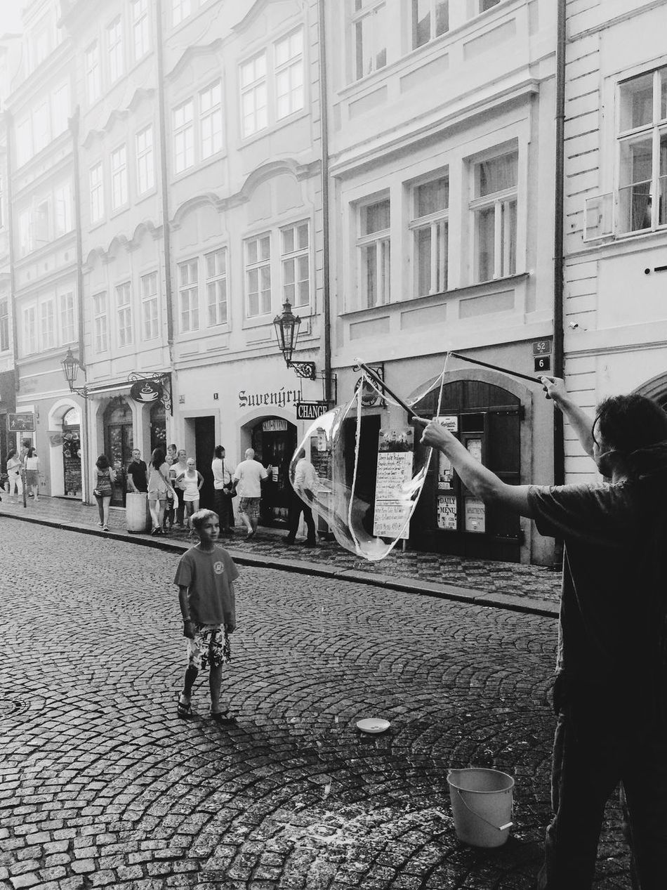 B&w Street Photography Boy Man Bubbles Fly Soap Bubble Traveling Prague Praha