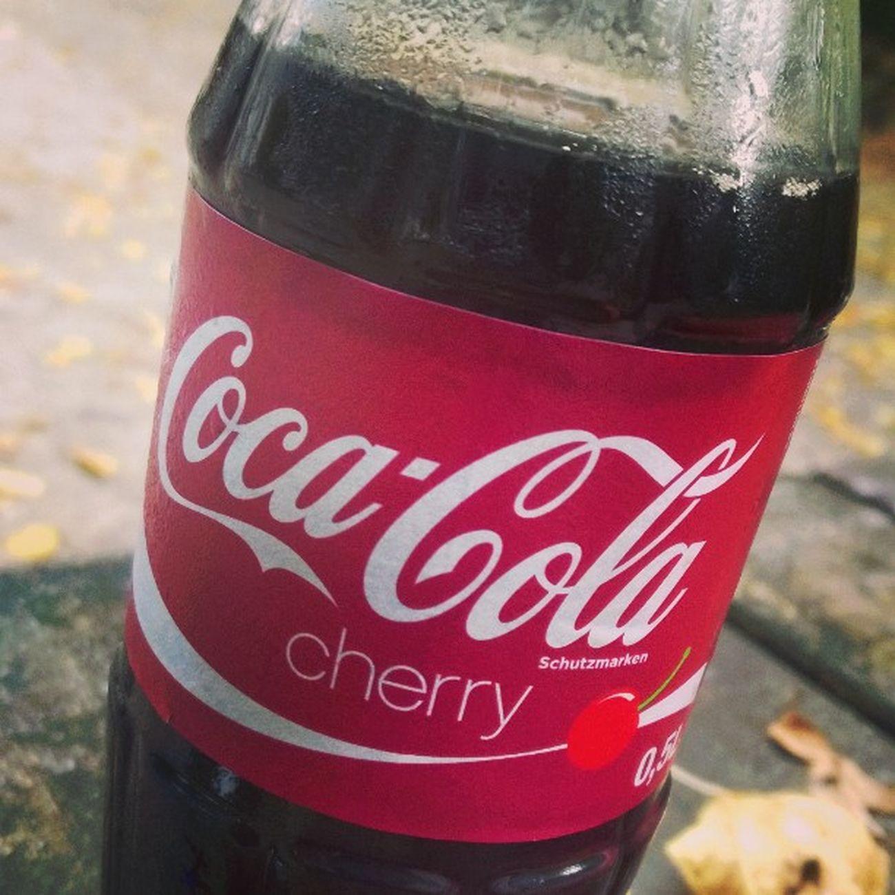Sorry Cocacola - aber Cherry müsst ihr noch üben. Dann lieber Dr. Pepper! Drink Getraenk drpepper cherry kirsche