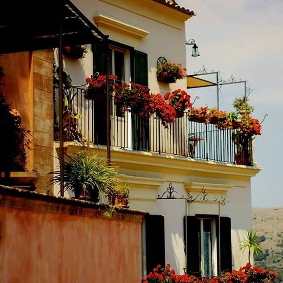 Apartments in Sicily Hills Mountains Views Slopes Altitude Cityinthehills