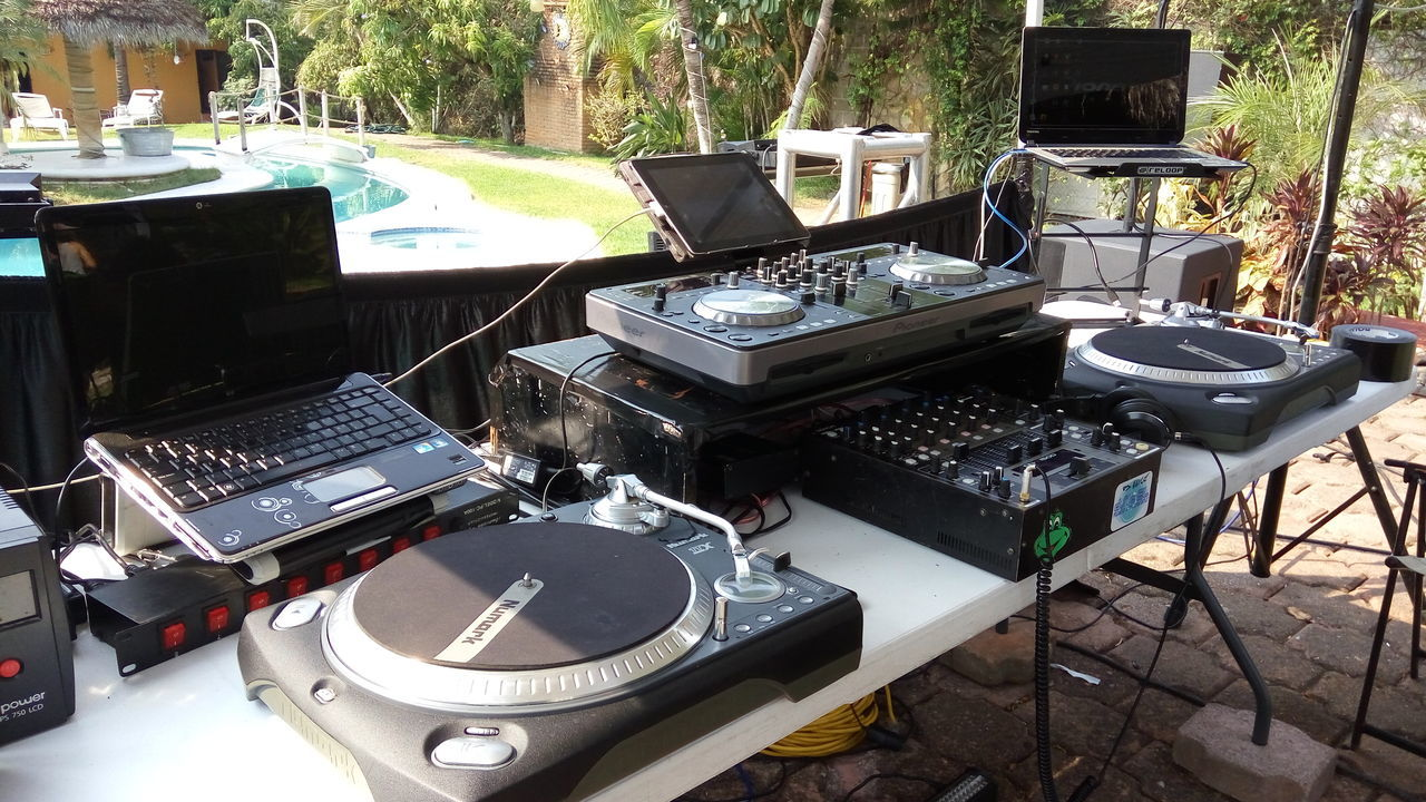 Music Music Is My Life Dj Pool Party Vynil Old School Old School House Housemusic