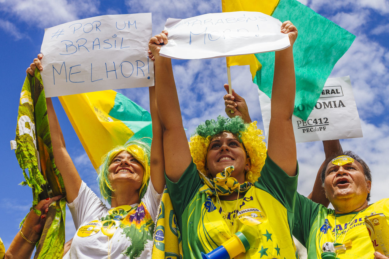 Brazilian Flag Dilma Roussef Front View Fun No Corruption Outdoors Peacefull Protests Portrait Poster Presidential Impeachment Protests Protests In Brazil Ptsd Awareness Riot Sky Sunny Day The Photojournalist - 2016 EyeEm Awards Fuji Astia