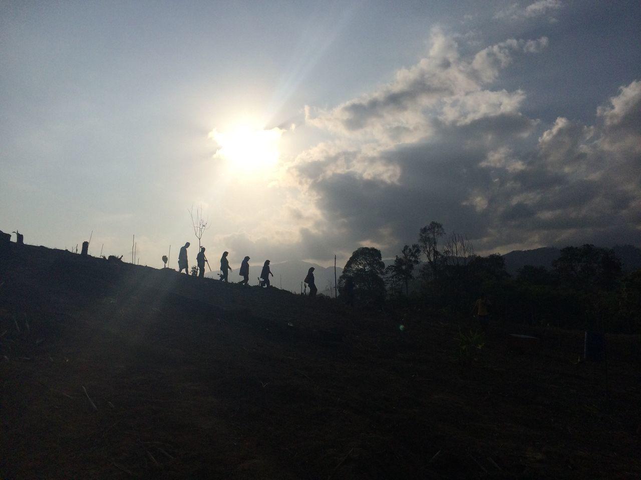 sky, silhouette, sun, sunset, nature, landscape, cloud - sky, sunlight, outdoors, men, day, beauty in nature, people