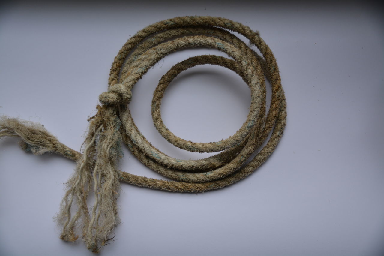 rope, tied up, close-up, no people, strength, tied knot, day, indoors