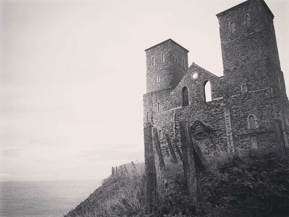 Reculver Heritage Sea Sea And Sky Moody Coast History Architecture