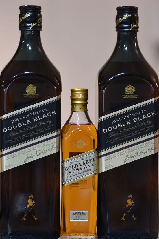 Alcohol Backage Black Label Double Black Gold Label