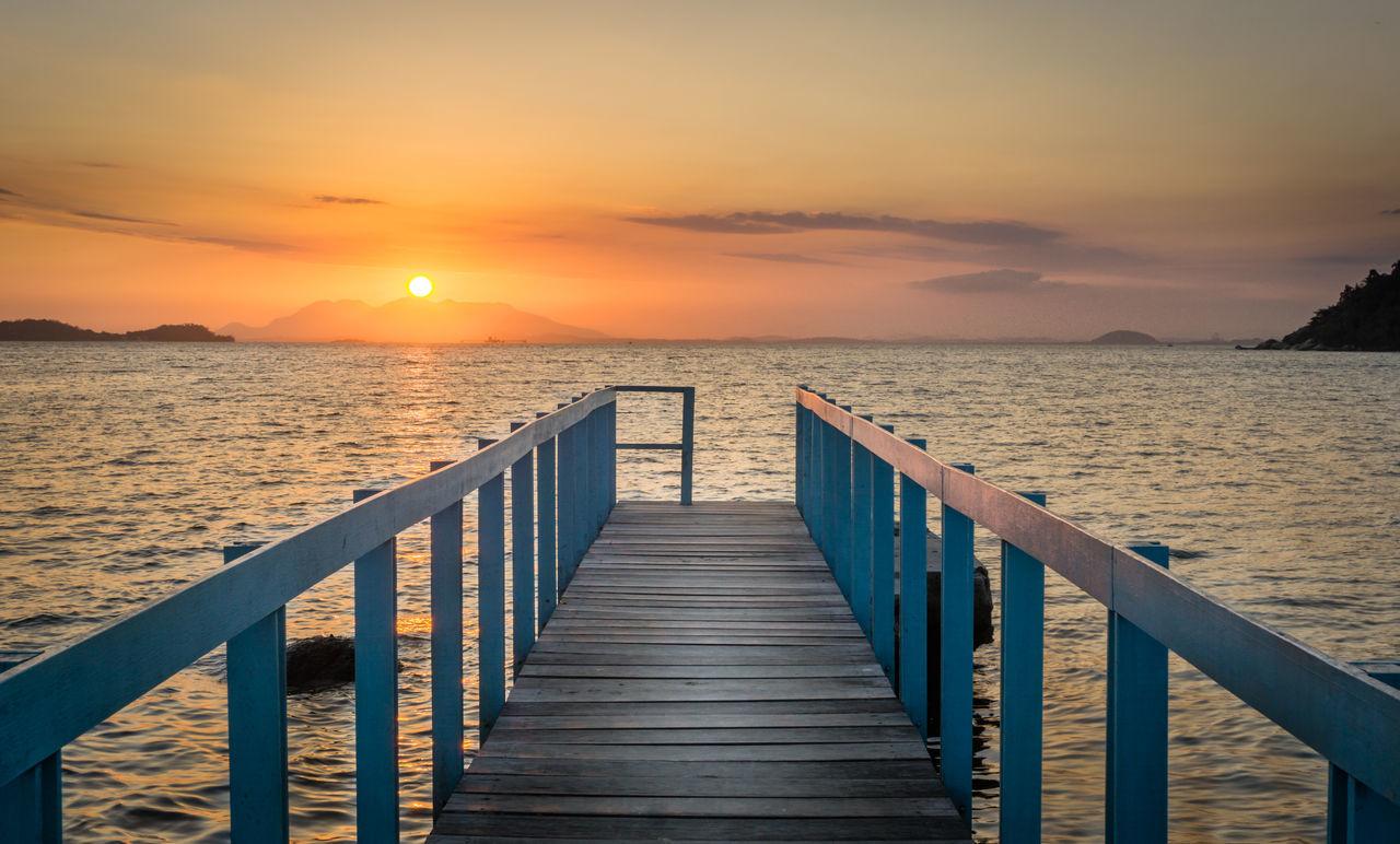 Colors Dock Enjoying Life Hanging Out Ocean Paqueta Seascape Simplicity Sunset