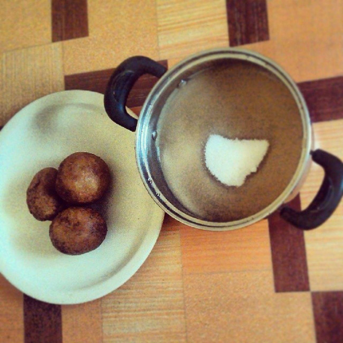 Hausakoko for the morning...attache was Bofrot ... KampusLife Igers Foodian Foodgasm Ghana Breakfast Ghana360