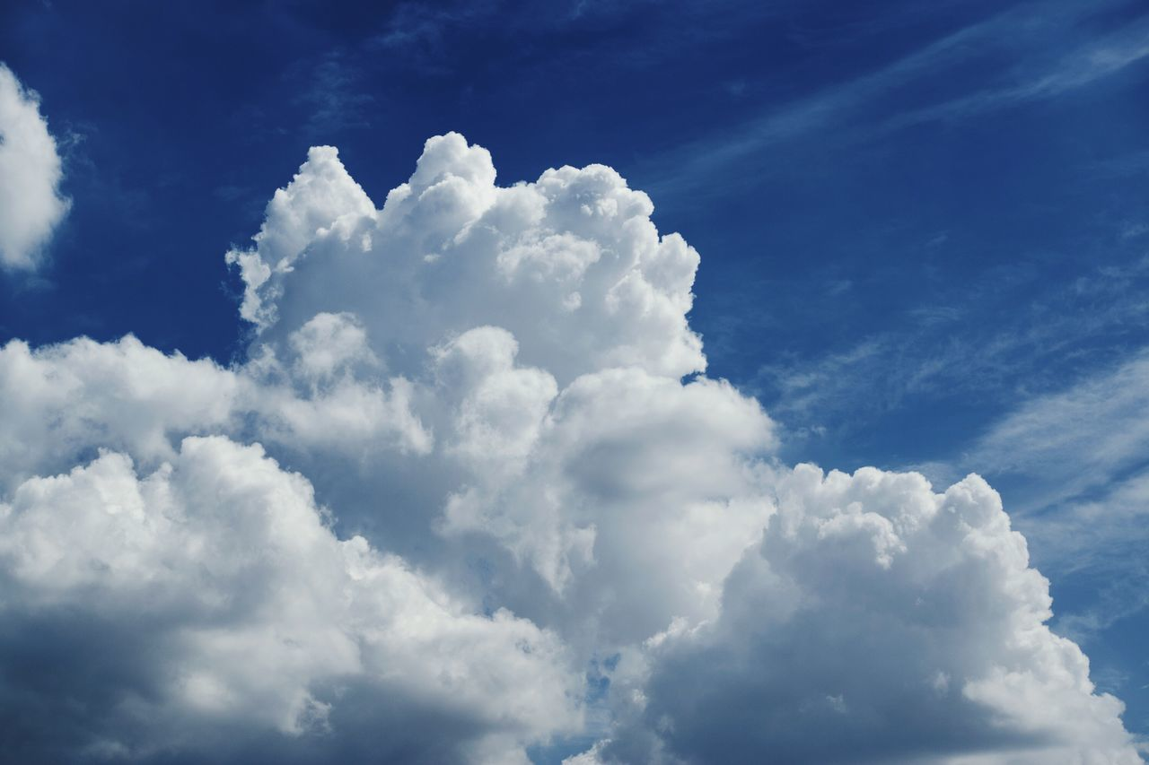 cloud - sky, nature, beauty in nature, sky, tranquility, cloudscape, backgrounds, atmospheric mood, white color, scenics, sky only, softness, blue, no people, full frame, heaven, day, outdoors, low angle view, tranquil scene