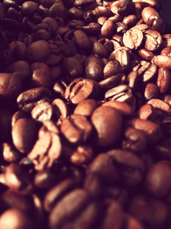 Kaffee Food And Drink Backgrounds Coffee Bean Caffeine Brown Roasted Coffee Bean First Eyeem Photo Drinks Fokus Drinking Food Foodphotography Tee Beans Bohnen Drink Water Healthy Eating Healthy Background Arabica Africa Afrika Check This Out