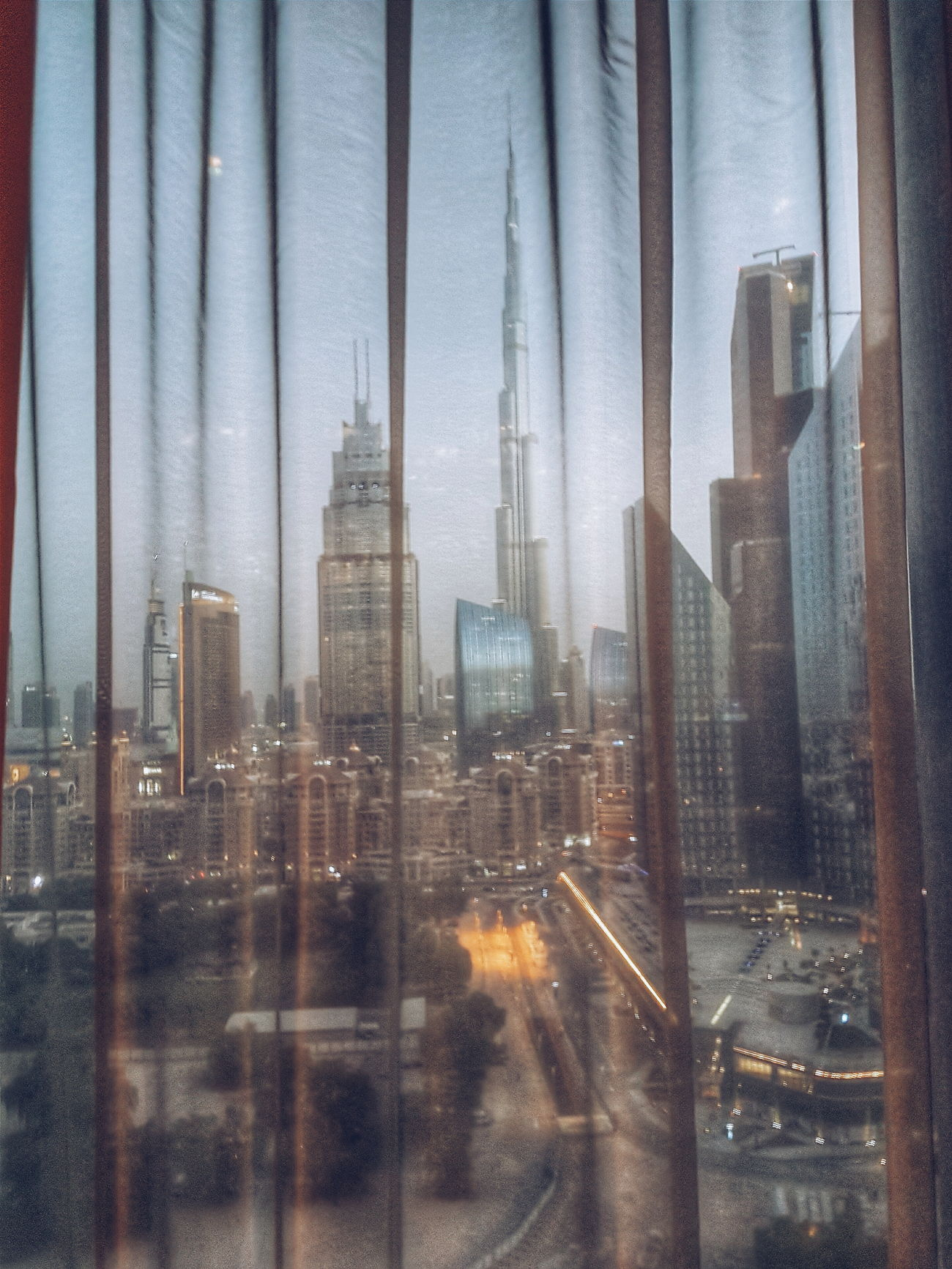 Look through. Dubai Burjkhalifa Burjkhalifaview Portraitmood Yasirqureshi Architecture Skyscraper Tall - High Full Frame DXB Dxblife