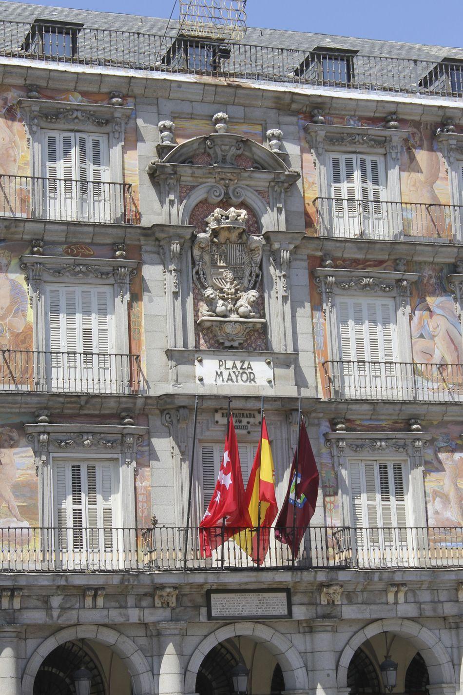 Plaza mayor Architecture Culture Façade Fachadas Bonitas Fachadas De Madrid Famous Place Historic Plazamayor Tourism Travel Destinations