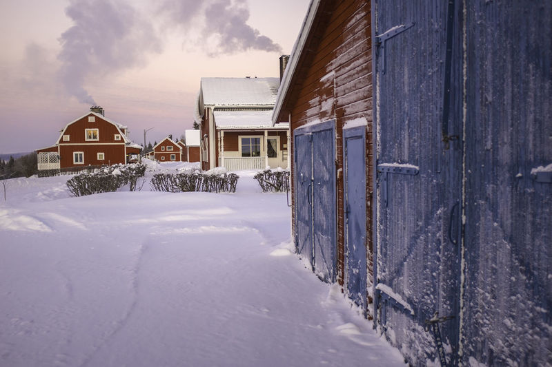 Snow covered red houses in Sweden Barn Barns Cold Temperature Freezing Freezing Cold Horizon Over Water Idyllic Idyllic Scenery Red Red Barn Red House Snow Snow Covered Snow Covered House Snow Covered Landscape Snow Covered Roof Snow Tracks Snow ❄ Winter Winter Winter Wonderland Wintertime