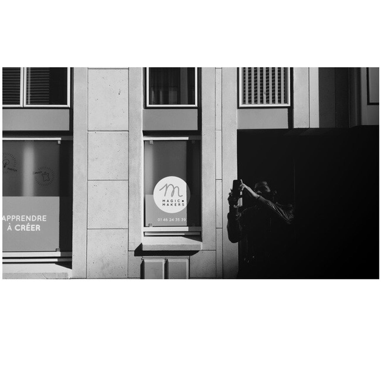 Mobile Camera Club Mobilecameraclub The SmART Gallery Smartphonephotography Blackandwhite Photo Of The Day Black & White B&w Blackandwhite Photography AMPt - Shoot Or Die Parisian Lifestyles City Street EyeEm Best Shots Street_photo_club Everybody Street Everybodystreet Parisian Connexion Wearethestreet Streetphotography IPhoneography Taking Photos Paris City Life Photo
