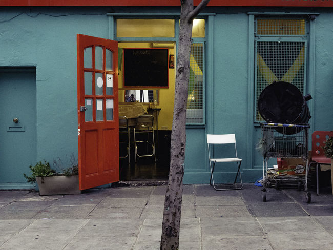Jay Dee's. Architecture Building Built Structure Caribbean Food Colour Of Life Day No People Portobello Road Restaurant Store Street Photography Urban Exploration ColorPalette