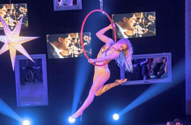 "Got pics from the ""Pavarotti performance"" 🎊 Aerial Hoop Aeriallyra Performance Pavarottinessundorma MightySensation Eyes Blonde Fashion Sexygirl Hair Me That's Me Hot Beautiful Love Happy Life Cute Perfect Girl Pretty Beauty Fun"